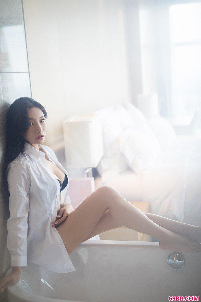 娇柔女神小狐狸风骚私拍撩人心魂_西西人体44rt44rt.cc