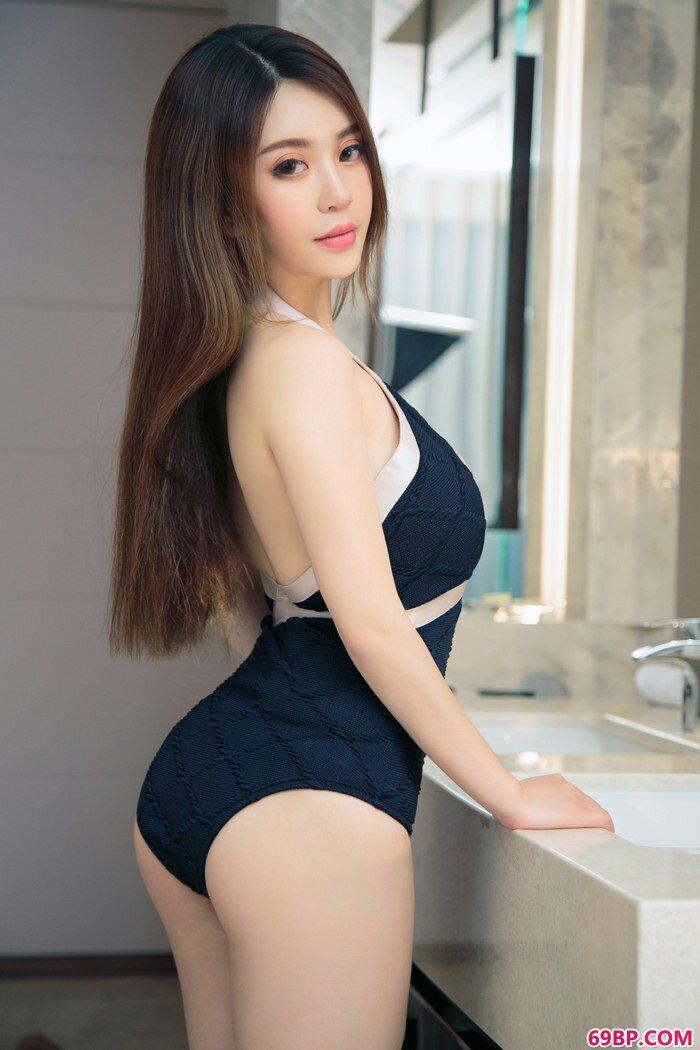 精品御姐毛coco丰硕美胸极度吸眼球_天真人体艺术摄影网