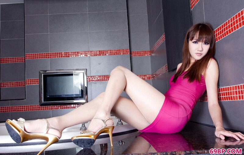 美腿超模第180期Miya_西西人体下体阴部无遮挡