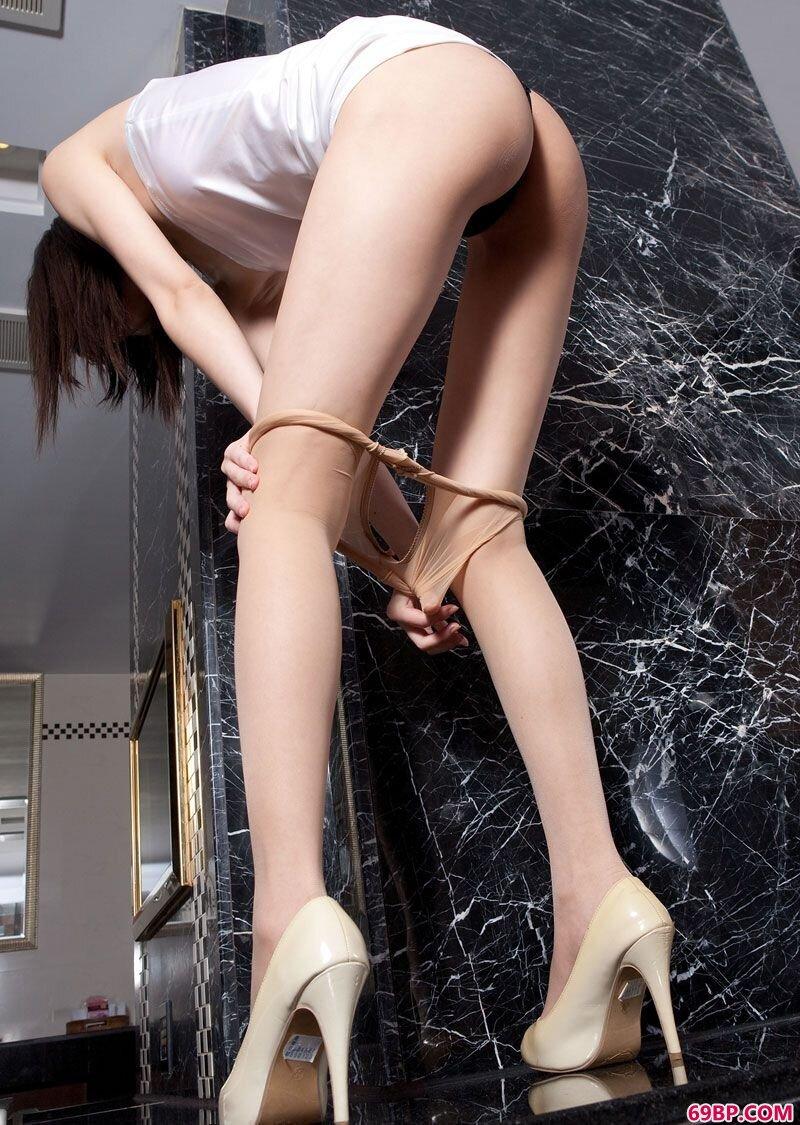 美腿嫩模第121期艾子_gogo全部6模特高清人体