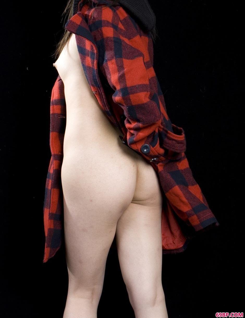 裸模雯真室拍勾人美体1