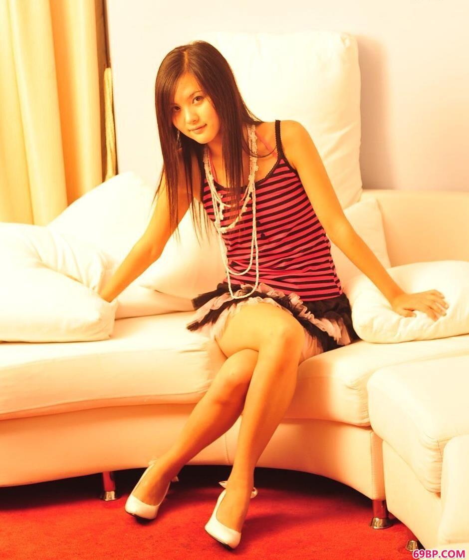 超模湘湘公寓里的清纯美体