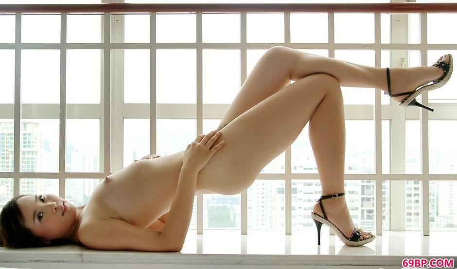 马琳窗台上的艺术4_大学女友宾馆自拍18p