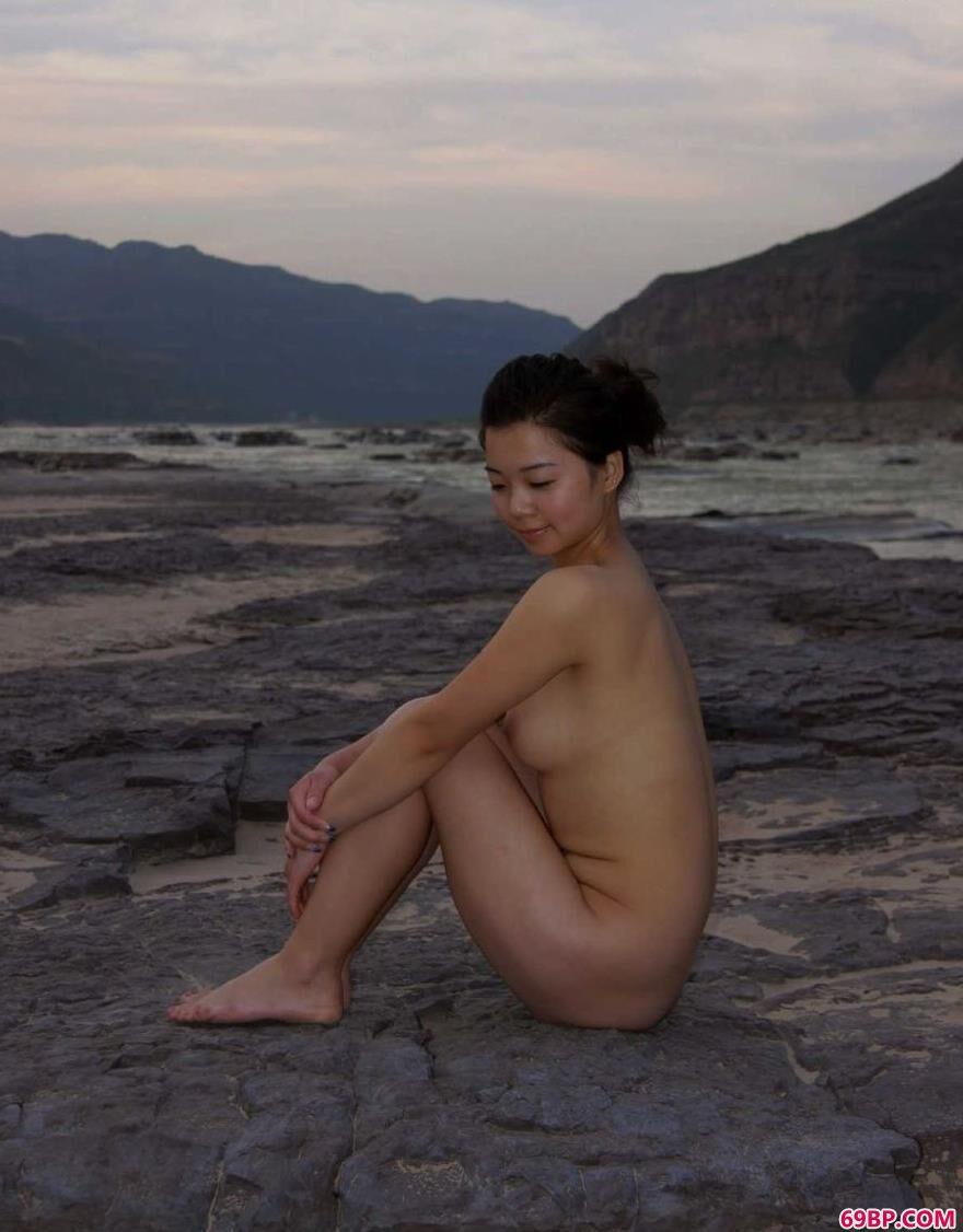 黄土地河畔的陕西名模莎莎_freesexmovies性印度