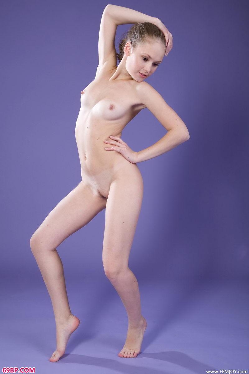 欧美最大胆的西西人体44_好身材好身手好白嫩美胴体