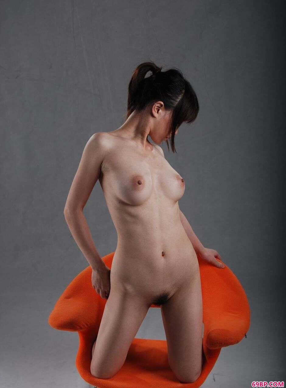 大尺度钢管舞裸模安惠