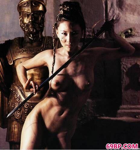 汤加丽最新人体艺术摄影