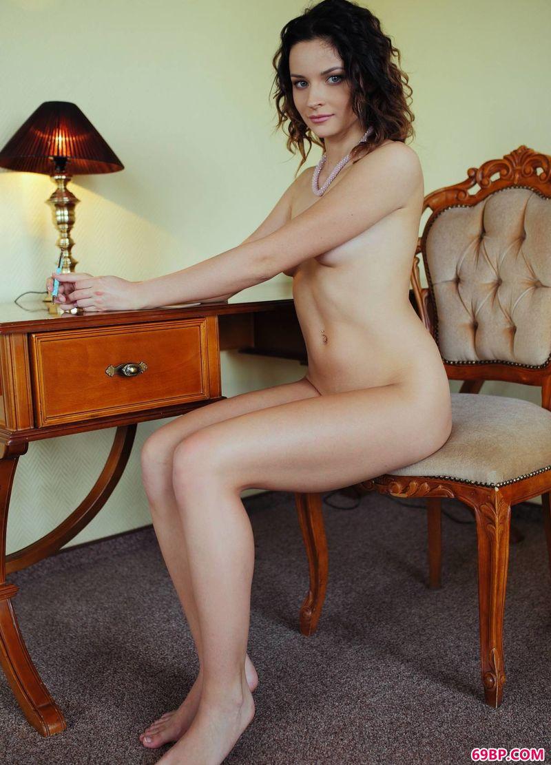 GoGo人体艺木写真,酒店贵妇人Ardelia