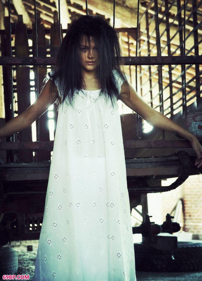 恐怖主题亡灵女神Mila