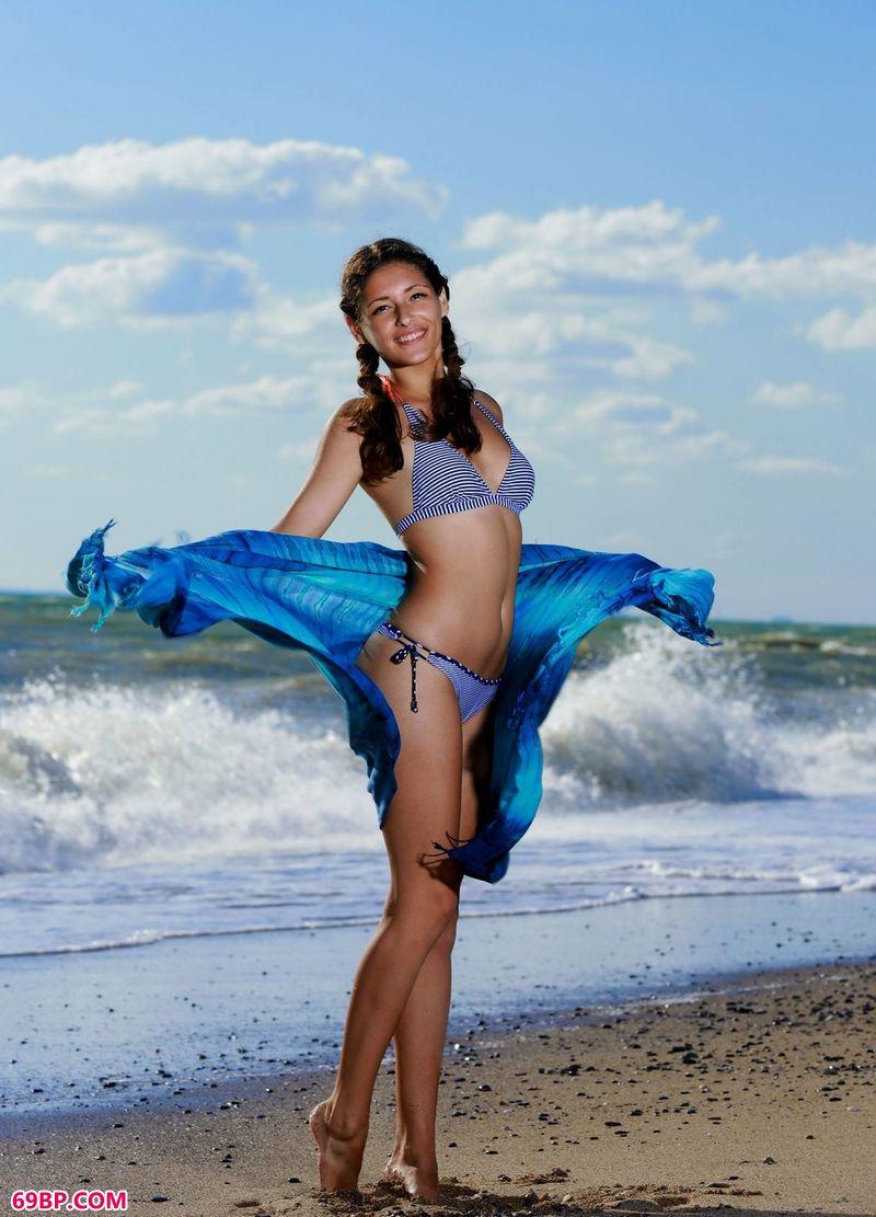 海浪与美体Rosella_666人体艺术图片